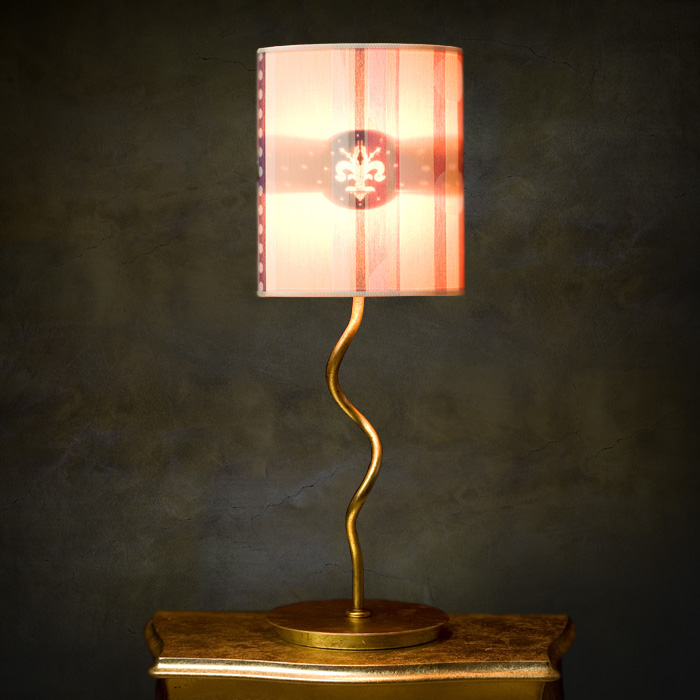 medici-pink-ON-table-lamp
