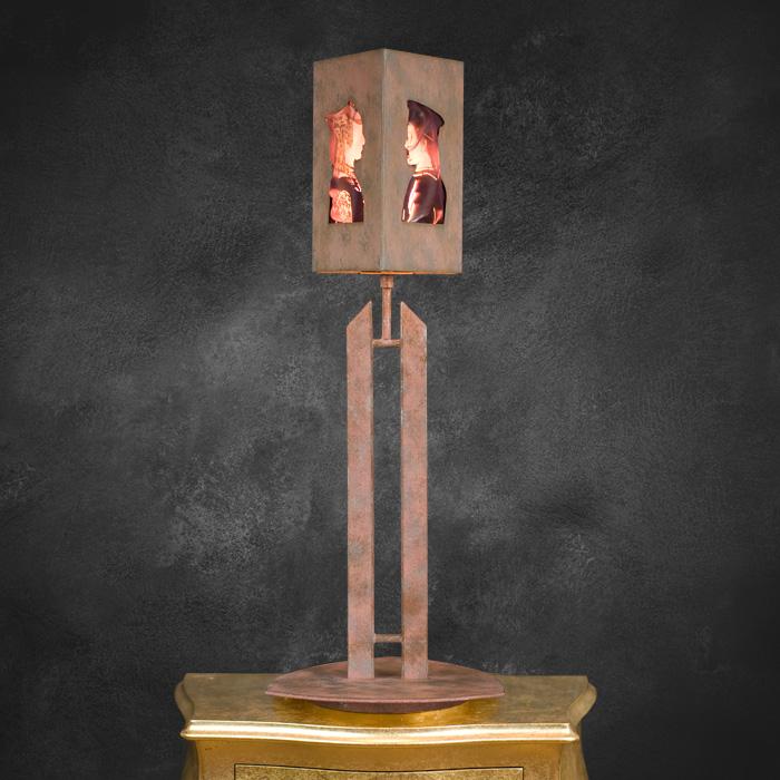 pandia-dukeDuchess-pink-table-lamp