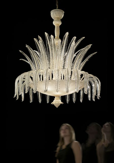 Primovirale6 (940-6)white and gold with clear and gold trim diam 105cm h120cm